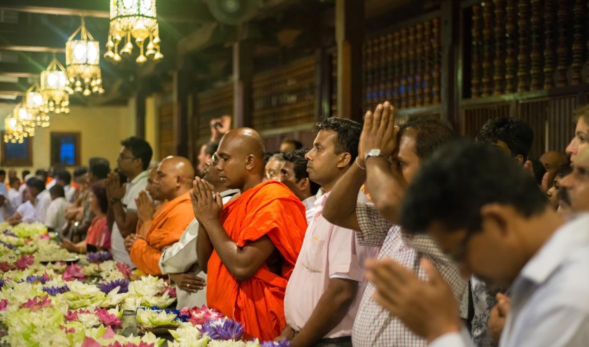 2016.06.09-Kandy-Templo-0060